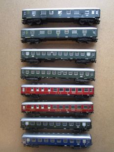 Märklin H0 - 4023/4024/4026/4027/4033 - passenger transport, 8 international wagons of the DB
