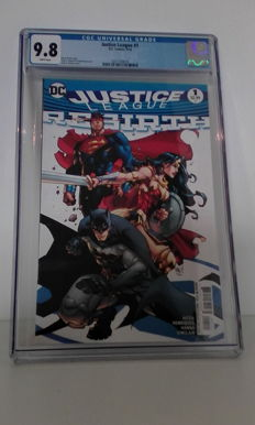 DC Comics - Justice league Rebirth #1 - Joe Madureira Variant - CGC Graded 9.8 (2016)