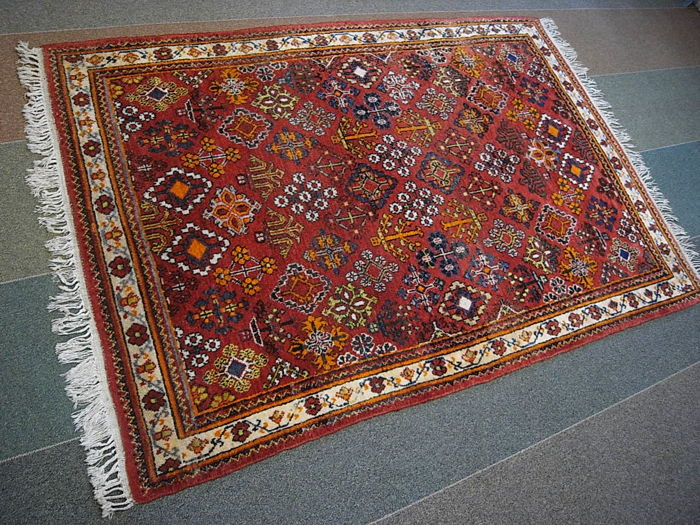 Old oriental rug with certificate 196 x 137