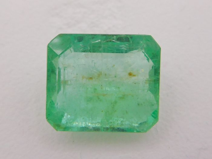 Emerald -  14.10 ct - No Reserve