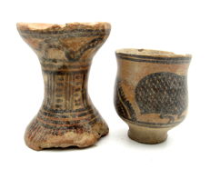 Pair of Indus Valley Painted Terracotta - Cup and Pillar - 55x65mm (cup) 65x85mm (pillar) - (2)