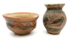 Pair of Indus Valley Painted Terracotta - Cup and Pillar - 60x75mm (cup) 82x49mm (bowl) - (2)