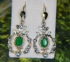 Antique Gold-plated silver earrings enchanted with Chrysoprase surrounded by Quartz from Germany
