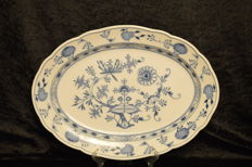 Meissen - blue onion tray
