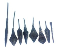 Medieval iron arrowheads - 68-164 mm (8)