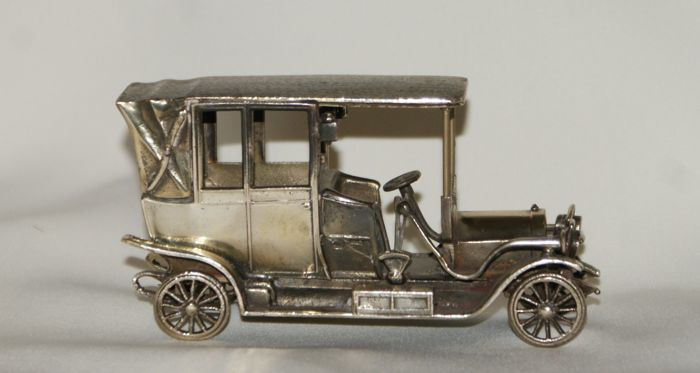 Silver miniature of the Isotta Fraschini car. Italy, 20th century