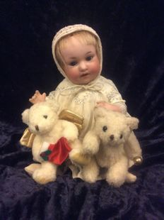 German character doll by Armand Marseille, made for George Borgfeldt around 1920