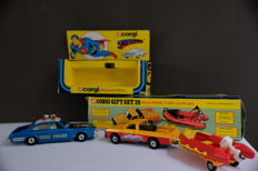 Corgi Toys - Scale 1/36 - Superman Metropolis Buick No.260 and Mazda, Trailer and Dinghy Set 28