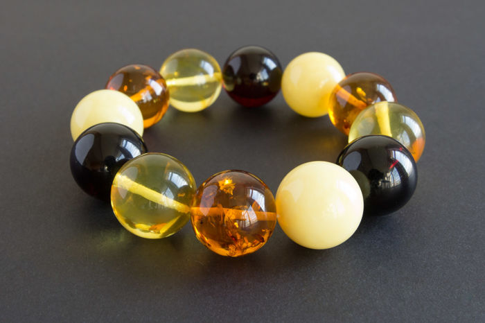 Baltic Amber bracelet multi colour, wrist 17cm, Inner diameter of bracelet: approx. 5,5cm