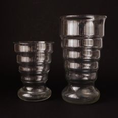 K.P.C. de Bazel, Leerdam - 2 Art Deco vases clear glass