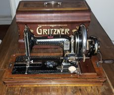 Gritzner sewing machine with a case, Germany, 1926
