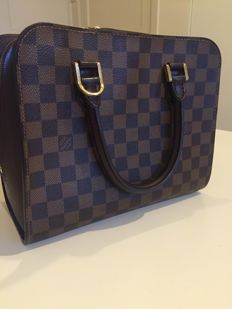 Louis Vuitton Triana Handtas