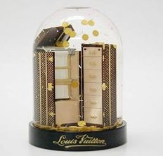 Louis Vuitton - Trunk Malles Snow globe VIP