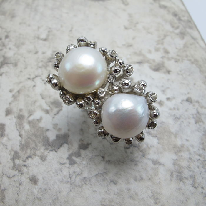 Large pearl ring. Weight: 23 g. ring: United States: 7, France: 55, UK: O, China: 14, diameter: 17.2 mm
