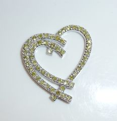 Pendant made of 14 kt / 585 white gold, approx. 0.80 ct green fancy diamonds - open heart - shape - like new