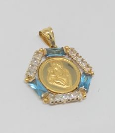 18 kt yellow gold medal pendant with topazes and zirconias