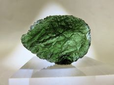 Excellent Moldavite - 2.7 x 2.0 x 0.95 cm - 42.50 ct