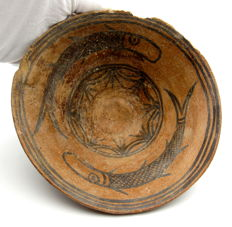 Indus Valley Painted Terracotta Bowl decorated with Fish Motif - 16.6x6.6mm