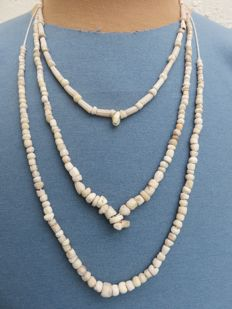 Near East - beaded necklaces with stone beads - early Bronze age/Neolithic - 42 cm - 42 cm - 41 cm (3)