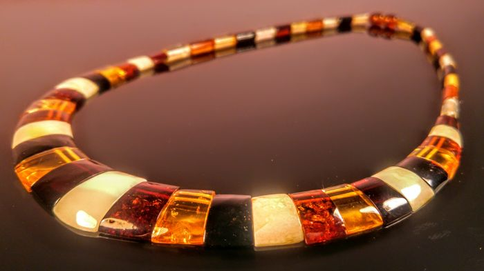 100% Natural beautiful Mix colour Baltic Amber necklace, 17 grams