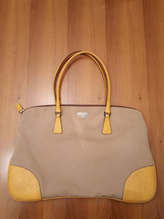 Prada - Shoulder bag - Catawiki 8706b84a909a9