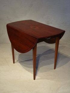 A Directoire mahogany drop-leaf table - The Netherlands - circa 1790/1810