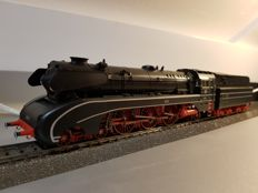 Märklin H0 - 37080 - Steam locomotive with tender BR 10 of the DB