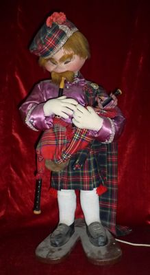 Electric automaton - The bagpiper - 20th century