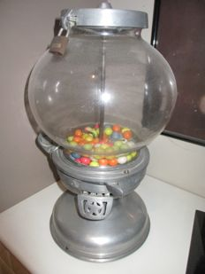 Inox gumball machine 'Colombus', 1923 with glass ball