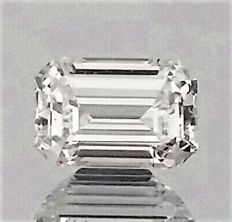 0.56 Carat - Emerald Cut Diamond - D color - IF clarity - 2 x EX - Big IGL certificate + Laser Inscripted - Original Image