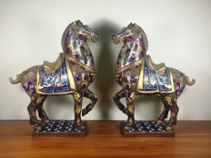 A pair of Chinese gilt cloisonné enamel horses - China - second half 20th century