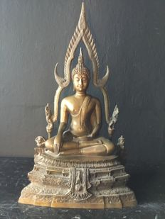 Large brass Buddha - Thailand - late-20th century (57 cm)