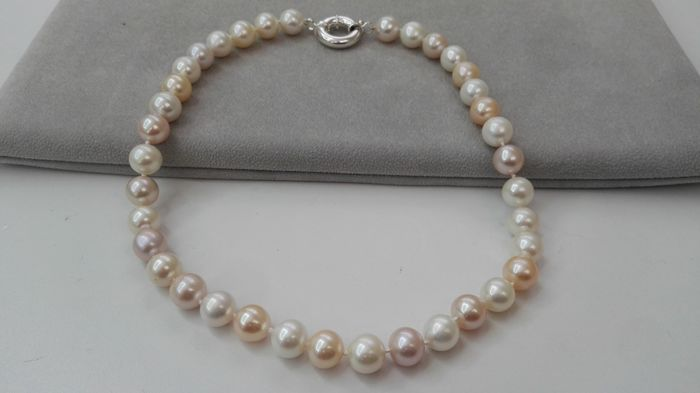 Necklace with fresh water cultured pearls 11-12 mm, multi-colour, natural