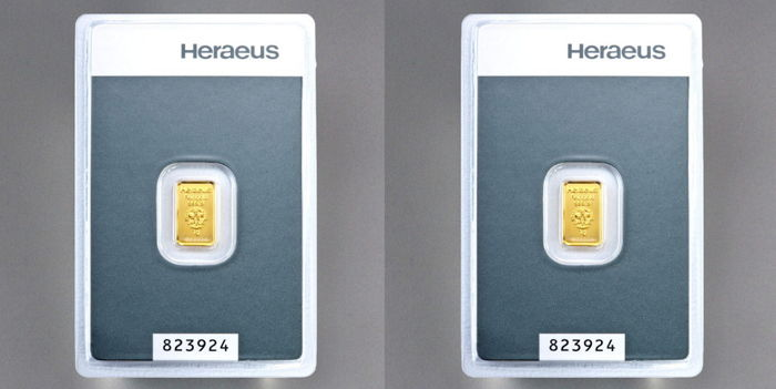 Heraeus gold bullion, two 1 g - 999 fine gold - in blister with certificate and serial number - safely packaged
