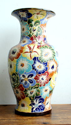 XL - Beautiful floral decorated vase - 51 cm high