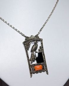 Art Deco necklace with onyx, coral and marcasites