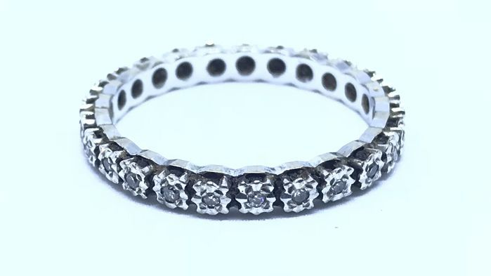 18 kt white gold eternity ring with 0.25 ct of natural diamonds - Italian size 24