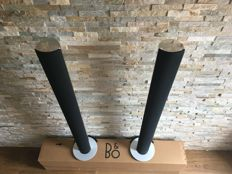 Bang and Olufsen WIFI System - Beocenter 2300 with wifi module +  a nice pair of Silver Beolab 6000  active speakers
