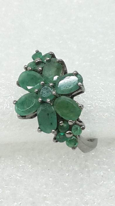 Sterling 925 silver ring with Emerald gemstones - 17,5mm