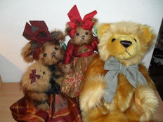 3 Collectible Bears