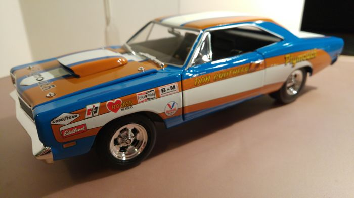 Don Auto World >> Ertl Auto World Scale 1 18 Plymouth Road Runner Don