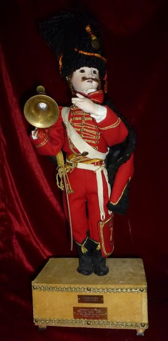 Electric automaton - Hussar of the 7th regiment - 20th century