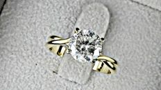 2.12 ct  round diamond ring made of 14 kt  yellow gold - *** NO RESERVE PRICE ***