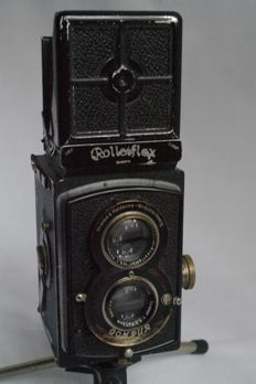 "Rolleiflex ""Old Standard"" serial no. 465776 Carl Zeiss Tessar 75mm F.3.5, with accessories"