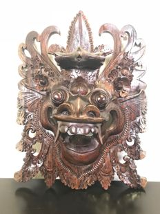 Gorgeous wooden Barong mask - Bali - Indonesia - second half of the 20th century