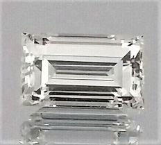 0.81 Carat - Baguette Cut Diamond - D color - VVS1 clarity - 2 x EX - Big IGL certificate + Laser Inscripted - Original Image