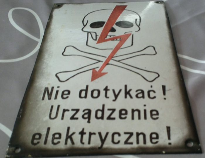 2 x Polish warning signs made of enamel from the 1970s