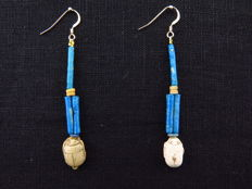 Set of Egyptian earrings with decorated steatite scarabs - 2 x 7 cm