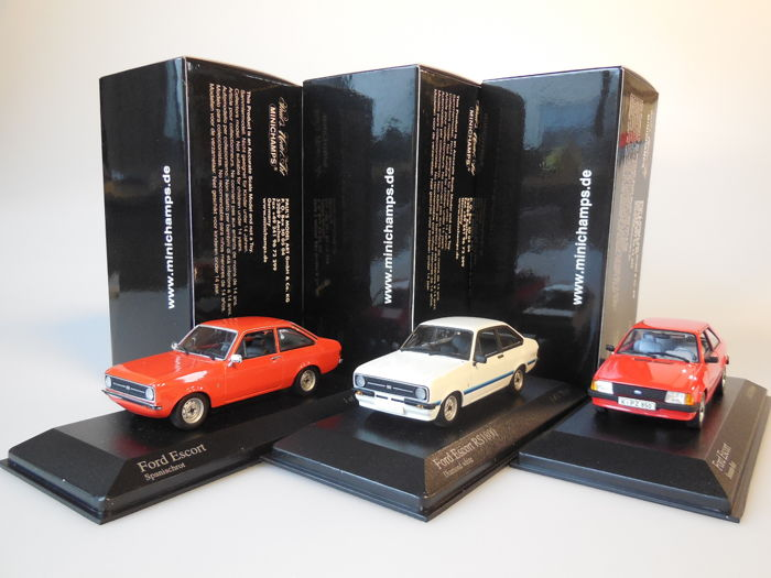 Minichamps - Scale 1/43 - Lot with 3 Ford Escort models