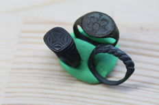 Medieval bronze ornament rings and twisted ring-  D 18-21 mm